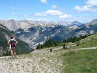 independent walking holiday southern alps France